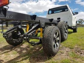 Hilux 6x4 suspension