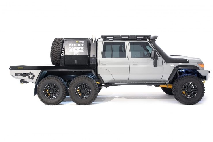 Patriot Campers Megatourer 6x6 | 6 Wheel Drive